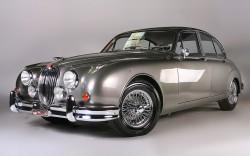 Jaguar MKII 1961 b