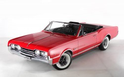 Oldsmobile Cutlass Supreme Convertibile 1967 3-4